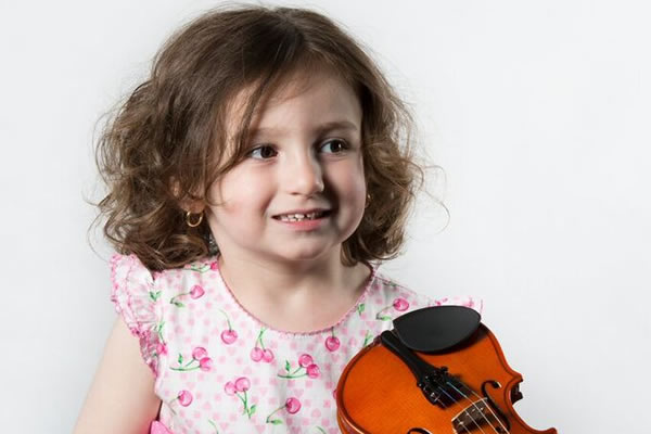 Violin lessons for young children