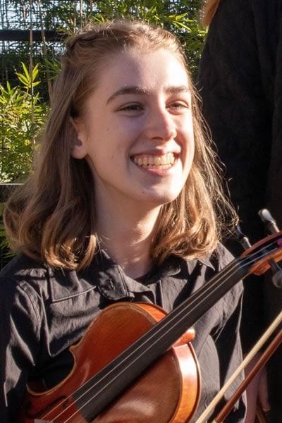Caitlin Murphy Violin Teacher Inner West Sydney